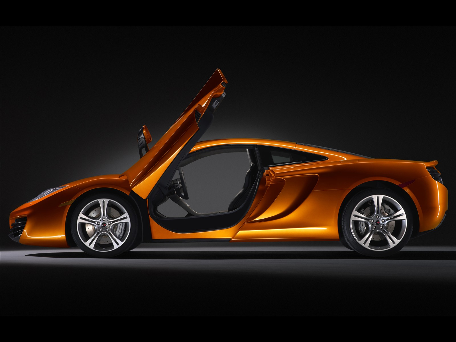 2011 McLaren MP4-12C sideview